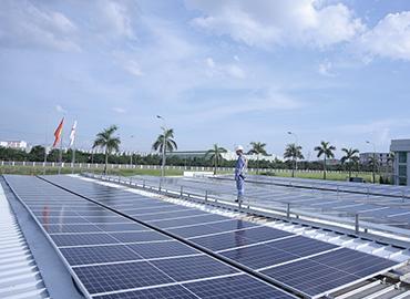 Lắp đặt điện năng lượng mặt trời nhà xưởng