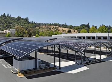 Lắp đặt điện năng lượng mặt trời cho trung tâm thương mại