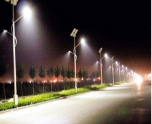 Ứng dụng pin năng lượng mặt trời vào đèn chiếu sáng, đèn giao thông