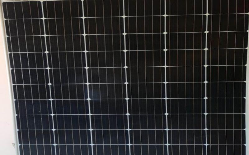 """<img src=""""cautaopinmattroi.jpg"""" alt=""""cấu tạo pin năng lượng mặt trời"""">"""