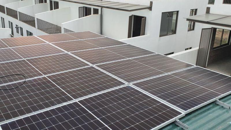 mô hình lắp đặt điện năng lượng mặt trời trên mái tôn